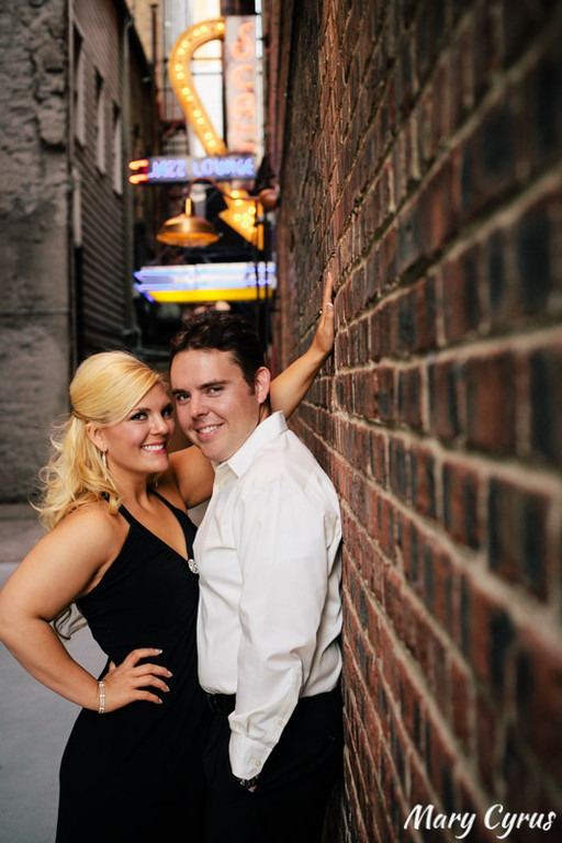 Sundance Square Engagement Portraits in Downtown Fort Worth, Texas by Mary Cyrus Photography