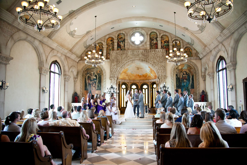 Wedding ceremony at Bella Donna Chapel in McKinney, TX | Wedding Photography in Dallas, Texas & Beyond by Mary Cyrus