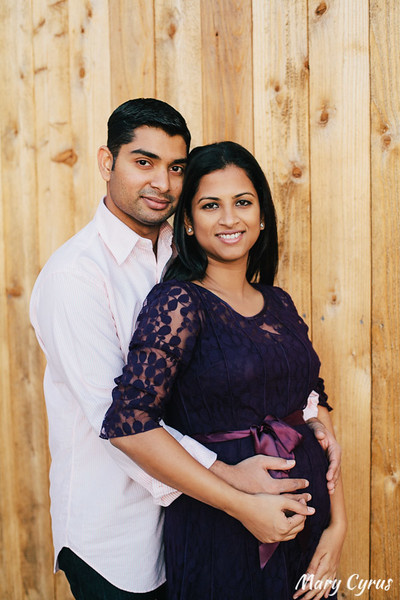 Sweet Family Maternity Portraits at Adriatica in McKinney, Texas by Mary Cyrus Photography